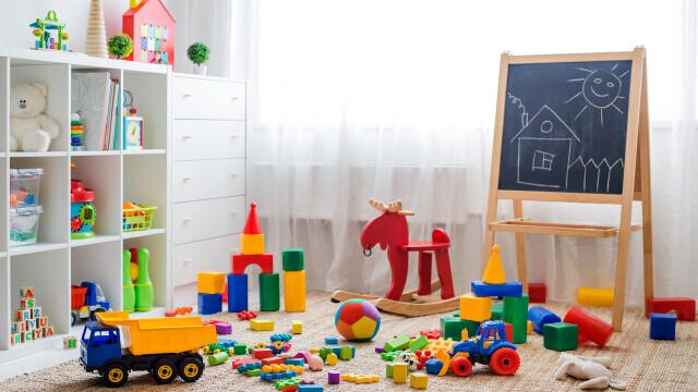 """ANPC recomandă achiziționarea jucăriilor numai din magazinele specializate: """"Trebuie să fim extrem de vigilenţi"""""""