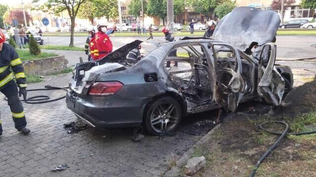 Asasinul omului de afaceri Ioan Crișan ar fi detonat bomba din apropiere și este posibil să fi fugit din țară. Motivul crimei - Imaginea 7