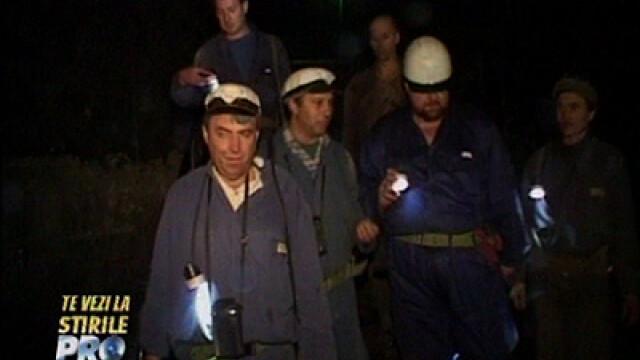 Te vezi la Stirile Pro TV - Supravietuitorii de la mina Vulcan II