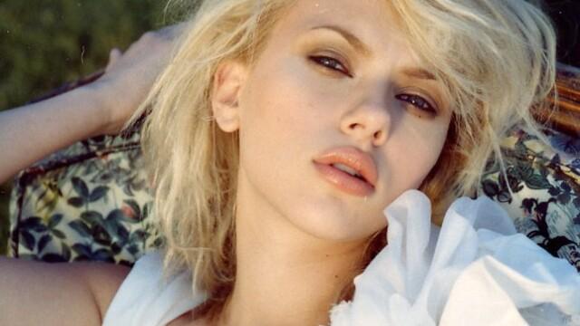 Actrita Scarlett Johansson se pricepe si la muzica! - Imaginea 4