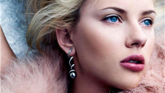 Actrita Scarlett Johansson se pricepe si la muzica! - Imaginea 3