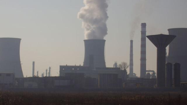 Fumul fabricilor din Romania