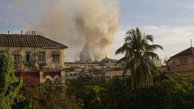 Atacuri India