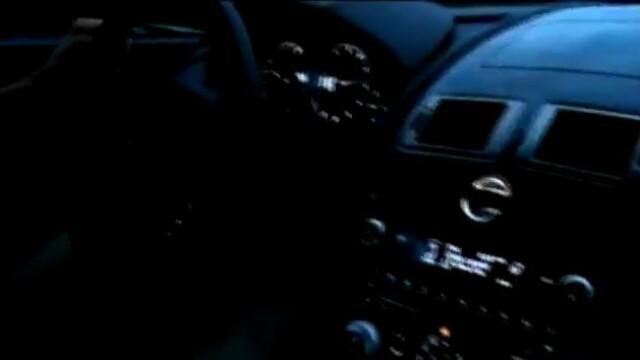 A condus un Aston Martin cu 300 km/h si nu a fost prins. Cum s-a dat singur pe mana politistilor