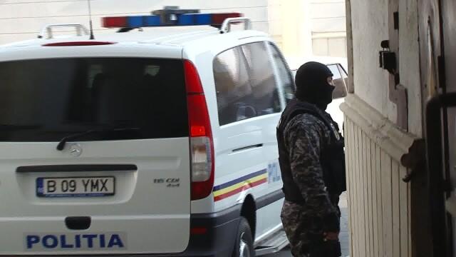 48 de persoane au fost retinute astazi de DIICOT pentru fraude de 22 MILIOANE de euro