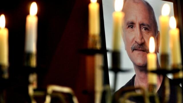 Serban Ionescu a fost inmormantat cu onoruri militare, la cimitirul Bellu - Imaginea 4