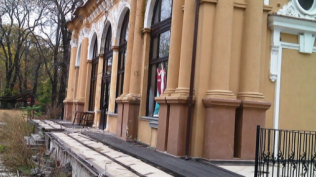 Cazinoul din Arad a ajuns in paragina. Vezi cum arata cladirea declarata monument istoric - Imaginea 12
