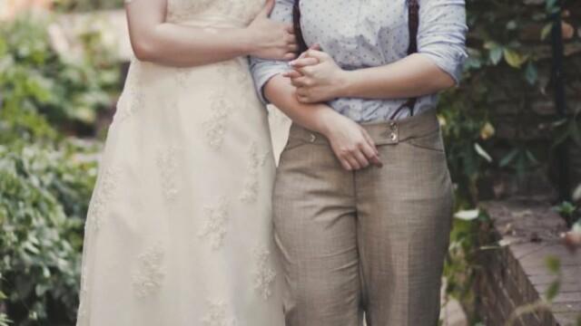 Parintii ei nu au fost de acord cu partenerul ales si nu au venit la nunta. Cum arata mirele. FOTO - Imaginea 11