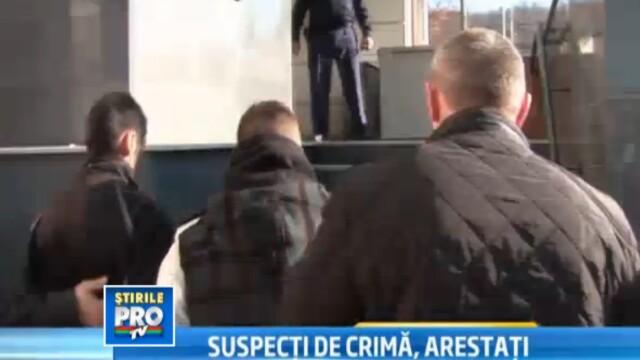 Cei patru tineri implicati in scandalul din Bistrita, au primit mandate de arestare
