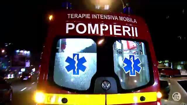 Patru persoane, ranite de petarde de Revelion in Bucuresti. Ambulanta, chemata in 542 de cazuri