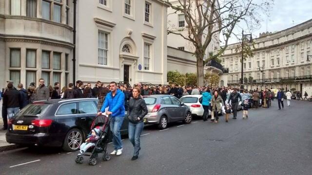 ALEGERI PREZIDENTIALE 2014. Peste 360.000 de voturi s-au inregistrat in diaspora pana la ora 23. Revolte la Paris si Torino - Imaginea 19
