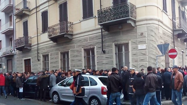 ALEGERI PREZIDENTIALE 2014. Peste 360.000 de voturi s-au inregistrat in diaspora pana la ora 23. Revolte la Paris si Torino - Imaginea 29