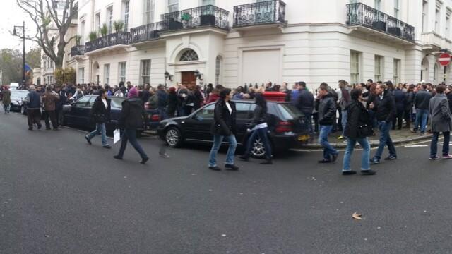 ALEGERI PREZIDENTIALE 2014. Peste 360.000 de voturi s-au inregistrat in diaspora pana la ora 23. Revolte la Paris si Torino - Imaginea 32