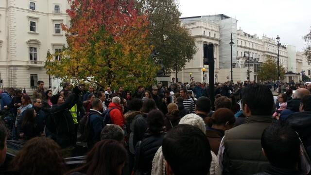 ALEGERI PREZIDENTIALE 2014. Peste 360.000 de voturi s-au inregistrat in diaspora pana la ora 23. Revolte la Paris si Torino - Imaginea 37
