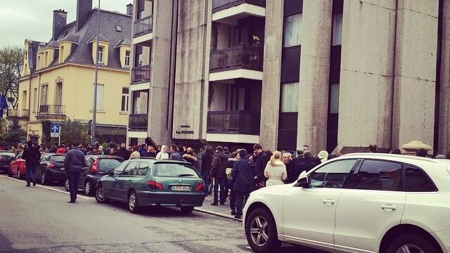 ALEGERI PREZIDENTIALE 2014. Peste 360.000 de voturi s-au inregistrat in diaspora pana la ora 23. Revolte la Paris si Torino - Imaginea 41