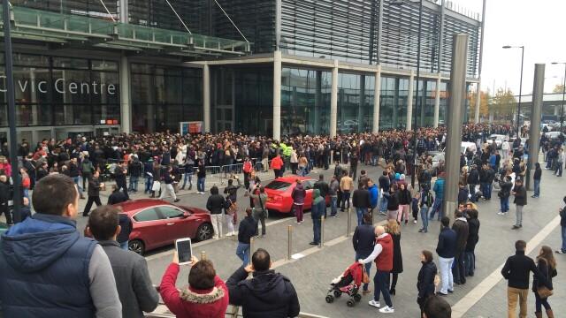 ALEGERI PREZIDENTIALE 2014. Peste 360.000 de voturi s-au inregistrat in diaspora pana la ora 23. Revolte la Paris si Torino - Imaginea 52