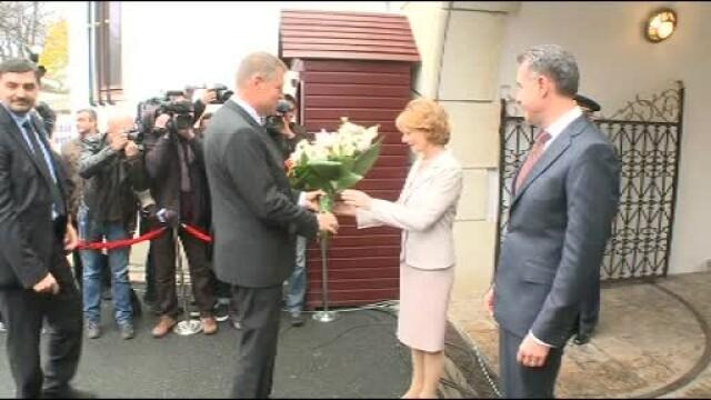 Moment istoric la Palatul Regal: Regele Mihai si-a serbat ziua de nastere. Klaus Iohannis a fost prezent la eveniment - Imaginea 3
