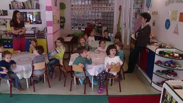 La o gradinita din Romania, meniul zilnic pentru copii NU contine niciodata carne. Ce presupune un meniu ovo-lacto vegetarian