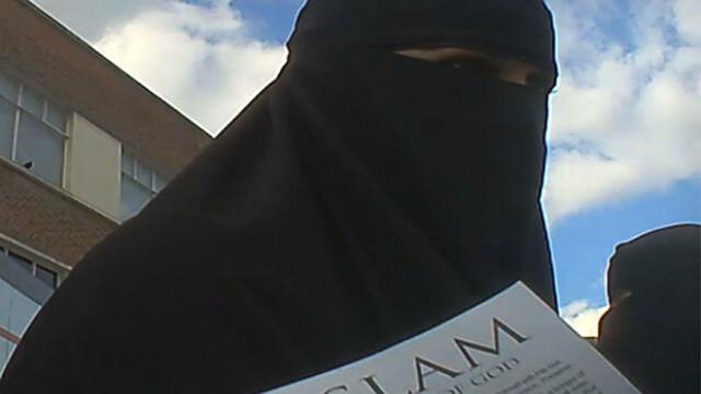femei Statul islamic