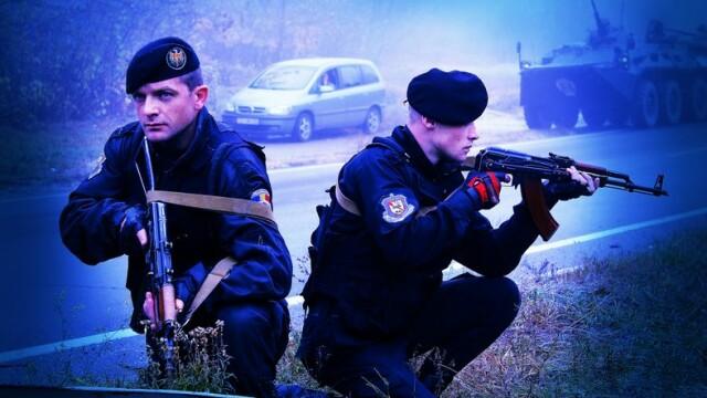 13 persoane, retinute de politia din Republica Moldova. Sunt suspectate ca planuiau atacuri in mai multe orase si in Capitala