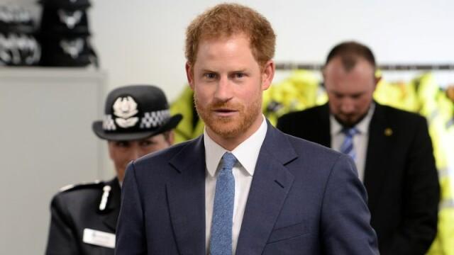 Casa Regala confirma faptul ca printul Harry este de cateva luni intr-o relatie cu Meghan Markle. Ce i se reproseaza presei