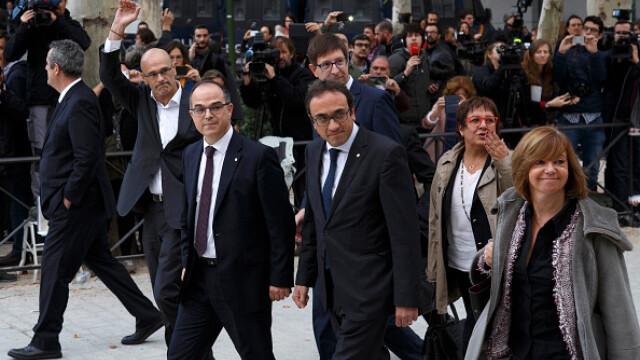 Curtea Supremă a Spaniei: Carles Puigdemont riscă să fie adus cu mandat dacă nu se prezintă