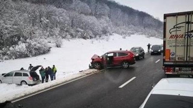 Accident grav pe DN1: patru victime
