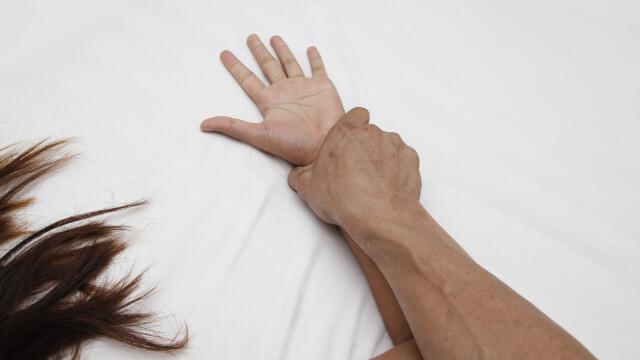 Pedeapsa primită de 3 români care au bătut și violat o tânără în Spania