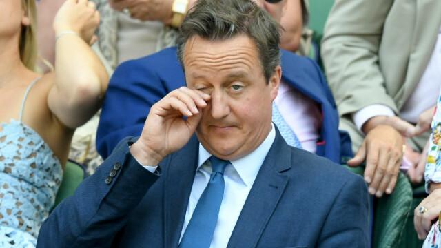 David Cameron vrea înapoi în politică pentru că este \