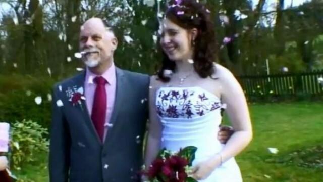 Reacția unei femei care și-a prins soțul cu fiica de 16 ani. Cum a aflat de relaţia celor doi