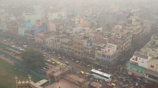 """Orașul """"sufocat"""" de poluare. A fost declarată stare de urgenţă. FOTO - Imaginea 4"""