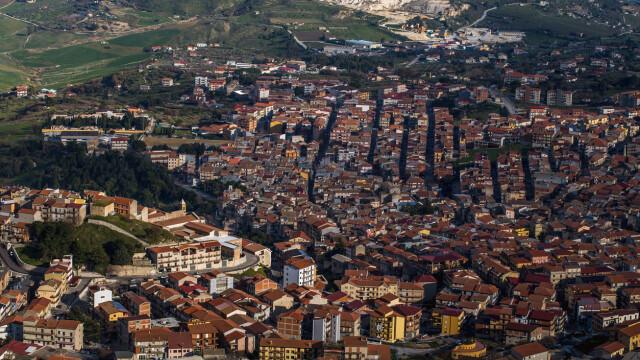 Orașul european care oferă case gratuit. Ce condiții trebuie să îndeplinească proprietarii - Imaginea 6