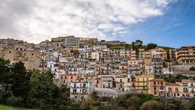 Orașul european care oferă case gratuit. Ce condiții trebuie să îndeplinească proprietarii - Imaginea 4