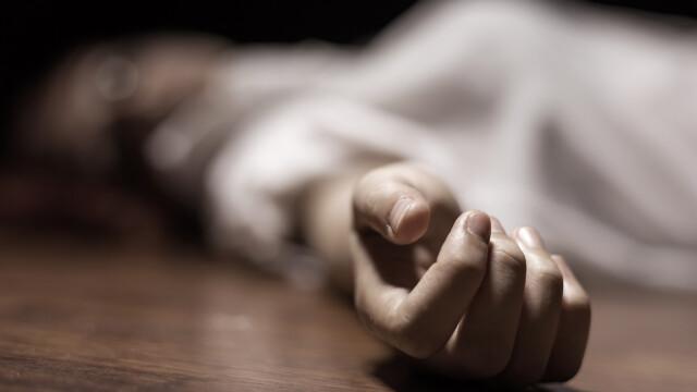 S-a întors acasă şi a găsit cadavrul unei femei. Ce scria pe perete l-a speriat şi mai tare