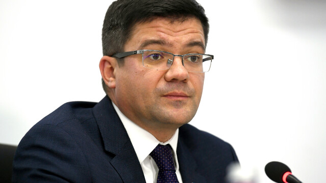 Ministrul Mediului, indignat de cazul ursului accidentat. Veterinarul nu a avut tranchilizant