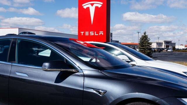 Elon Musk a anunțat lansarea celui mai ieftin model Tesla
