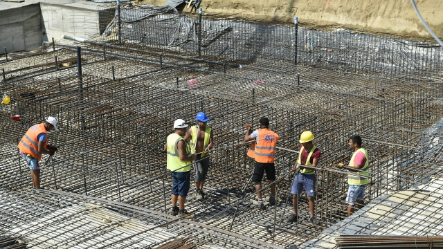 România încearcă să termine lucrările la 2 din cele 4 stadioane promise pentru EURO 2020