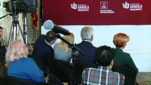 Ce făceau Firea și Teodorovici în timp ce Dăncilă se plângea de Iohannis. VIDEO - Imaginea 3