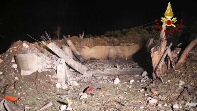 Explozie la un depozit de artificii din Sicilia. Cel puțin trei persoane au murit - Imaginea 7