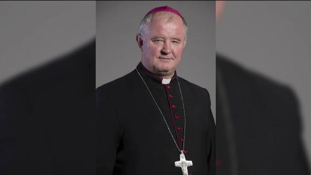 Cine este noul șef al Bisericii Catolice din România. Monseniorul Ioan Robu s-a retras
