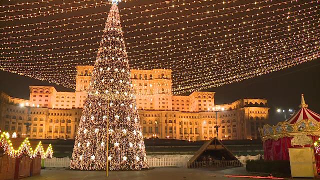 Iluminatul festiv şi Târgul de Crăciun vor fi inaugurate joi, în București