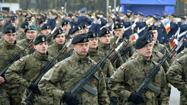 Repetitie pentru parada militara de 1 Decembrie, in zona Arcului de Triumf din Bucuresti