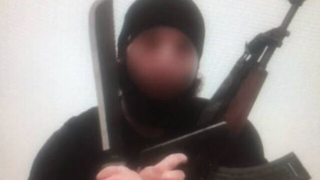 Cine este atacatorul împușcat de polițiști: un tânăr de 20 de ani, eliberat condiționat, care voia să plece în Siria