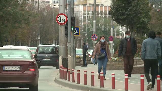 Rata de infectare a trecut de 5 la mie în judeţele Cluj şi Sălaj. Mai multe oraşe ar putea fi carantinate
