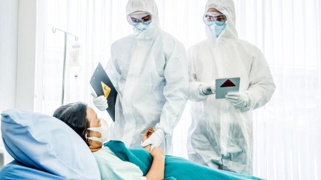 Arafat: 2.500 lei/lună pentru studenţii la Medicină care fac voluntariat în spitale COVID-19