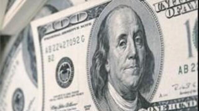 SUA: peste un miliard de bancnote de 100 de dolari au fost tiparite gresit