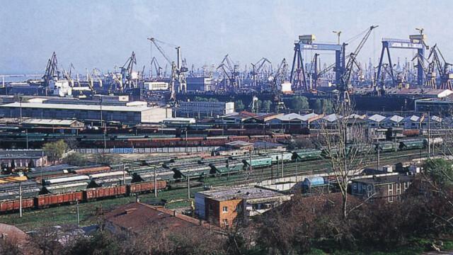 CC: Trecerea de actiuni ale Portului Constanta la Consiliul Local, neconstitutionala