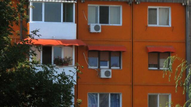 Buzau: O fetita de doi ani a murit dupa ce a cazut de la etajul 5!