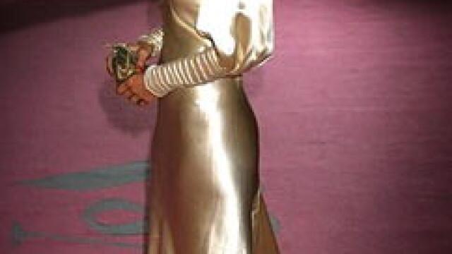 Cheryl Cole de la Girls Aloud e cea mai bine imbracata vedeta! - Imaginea 2