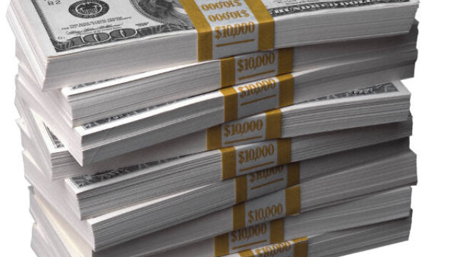 Bancile romanesti ofera dobanzi avatajoase pentru a atrage clienti